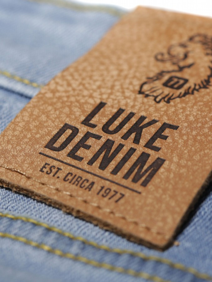 VACUUM PACKED DENIM SHORT SLIM FIT