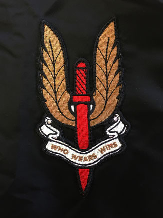 ALPHA X LUKE MA1 JACKET DETAIL BADGE